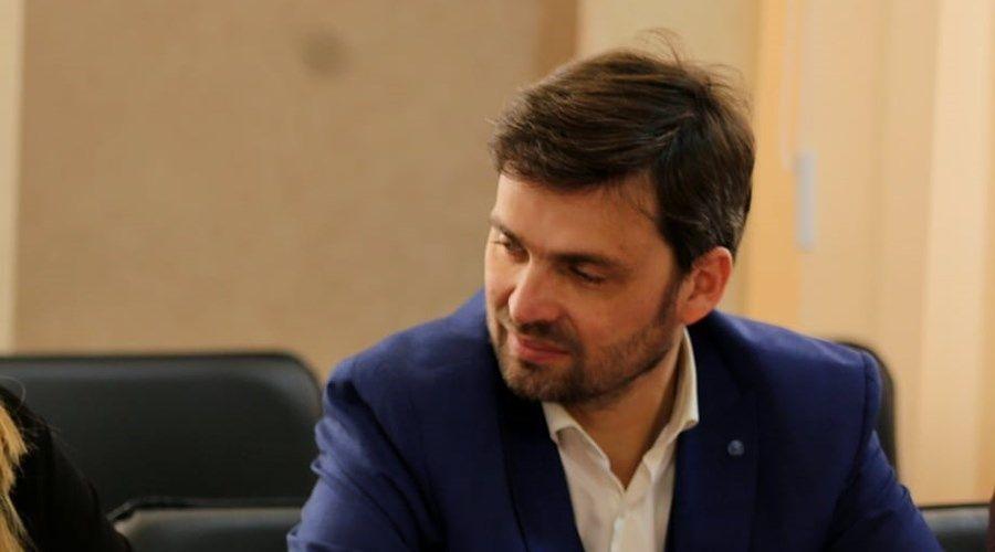 Гоцанюк принял отставку замминистра внутренней политики Крыма Первых