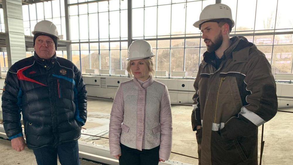 Ольга Торубарова посетила строящийся Центр олимпийской подготовки Республики Крым по водным видам спорта