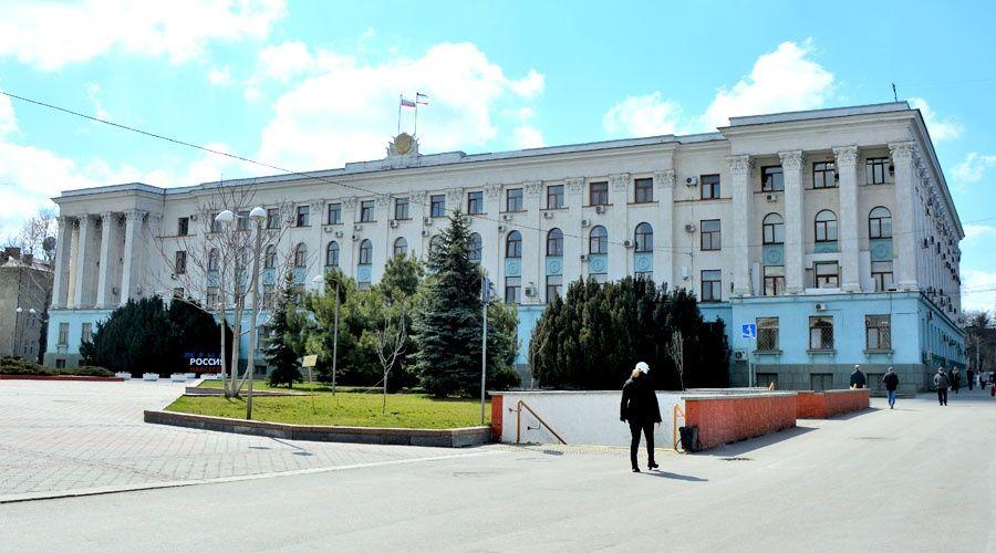 Власти Крыма вводят новые ограничительные меры для недопущения распространения коронавируса