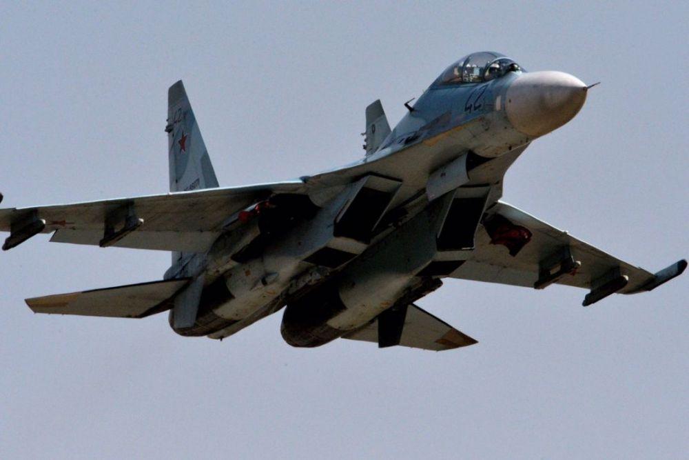 В Крыму прекратили поиски пилота СУ-27, упавшего в Черное море