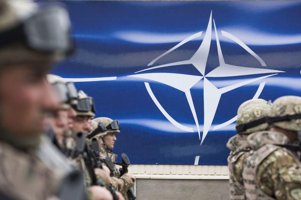 На Украине предлагают построить базу НАТО в Мариуполе