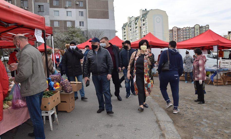 В Симферополе ярмарки будут проводить и в условиях карантина, но под тотальным контролем
