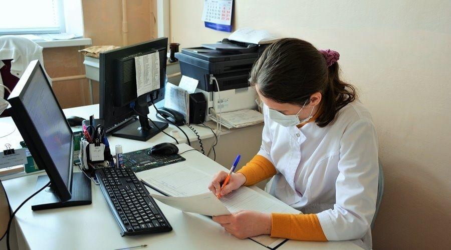 Крымчанин с коронавирусом заразил сотрудника медцентра, ему грозит уголовное дело