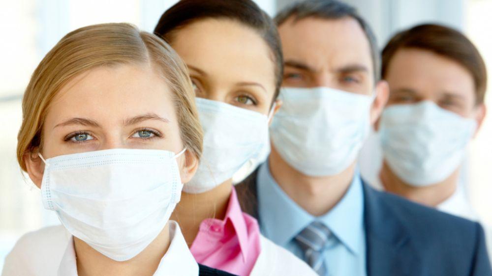 Защищай и защищайся: как правильно носить медицинскую маску