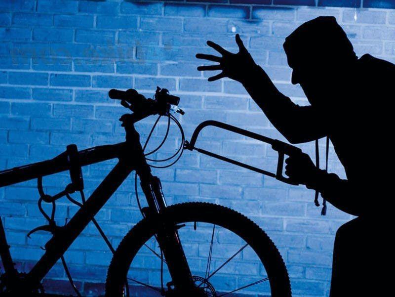 В Керчи установили подозреваемого в серии краж — «специализировался» на велосипедах