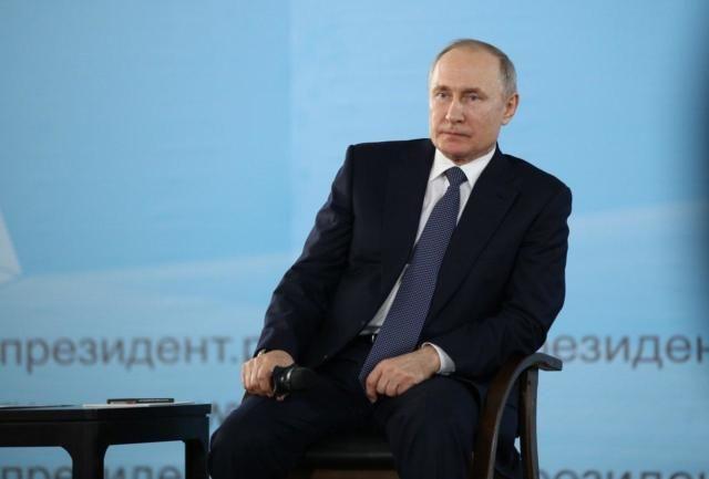 Главы субъектов РФ получат дополнительные полномочия для борьбы с распространением коронавируса, — Путин