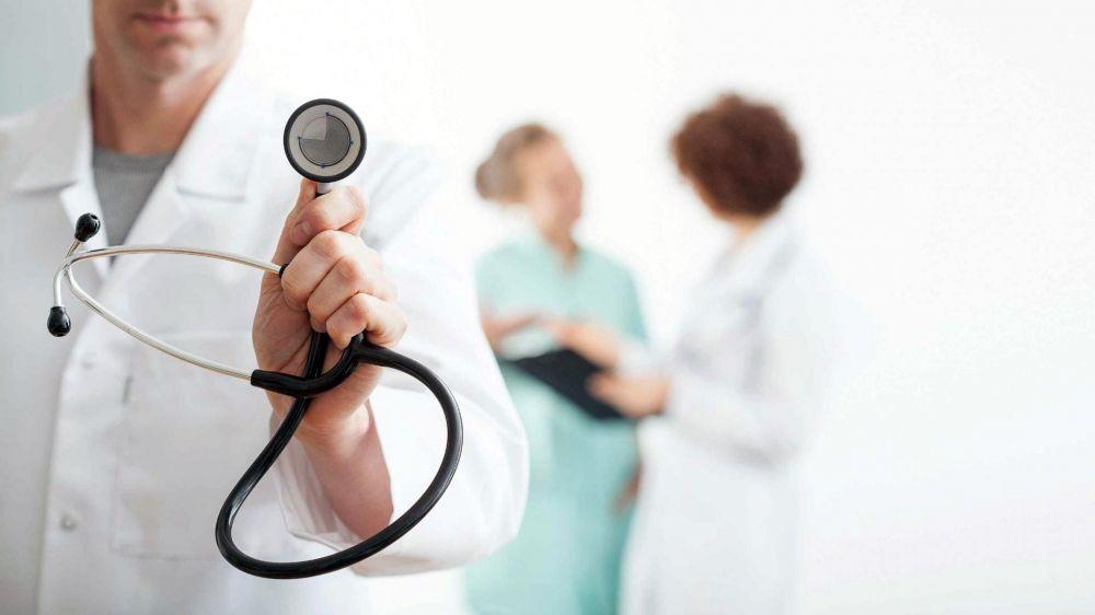 В Крыму более 130 студентов-медиков помогают врачам