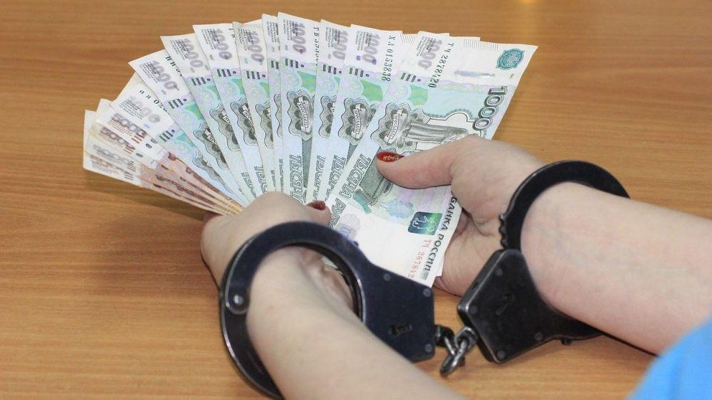 В Севастополе похитившая 30 миллионов рублей мошенница предстанет перед судом