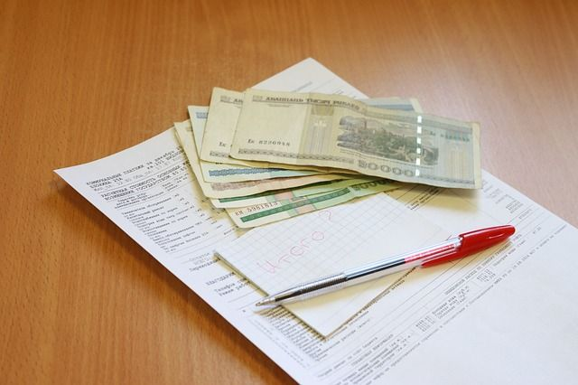 Россиянам не будут отключать коммунальные услуги за долги до конца года