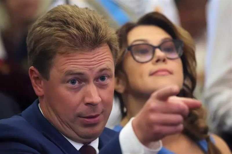 Экс-губернатор Севастополя Овсянников устроил дебош в аэропорту Ижевска