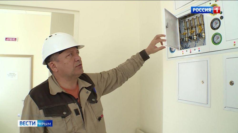 80 аппаратов ИВЛ установили в новом медицинском центре под Симферополем