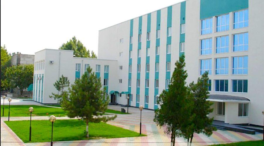 Министр здравоохранения Крыма рассказал об обстановке в изолированной больнице Армянска