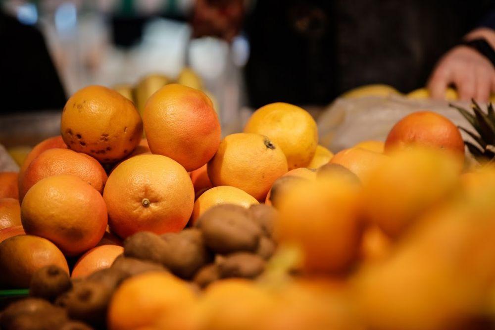 Супермаркеты Крыма ввели ограничения на продажу «витаминных» продуктов