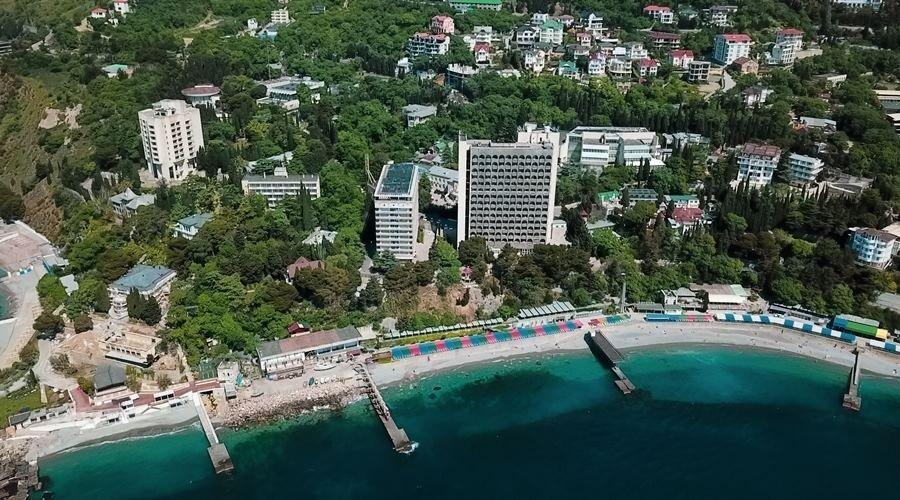 Санатории в Крыму начали требовать доплату с туристов за перенос даты отдыха