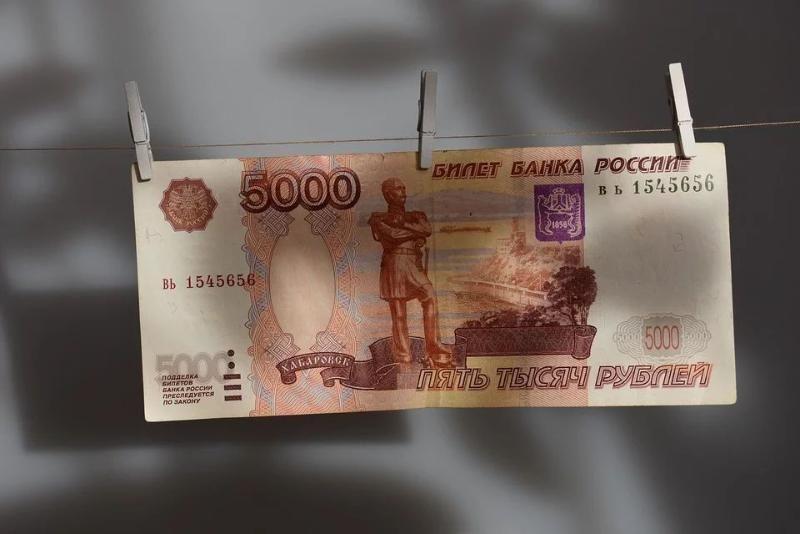 В России утвердили порядок дополнительных выплат на детей до трех лет