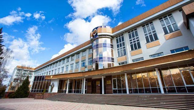 Студентов КФУ освободили от платы за общежития