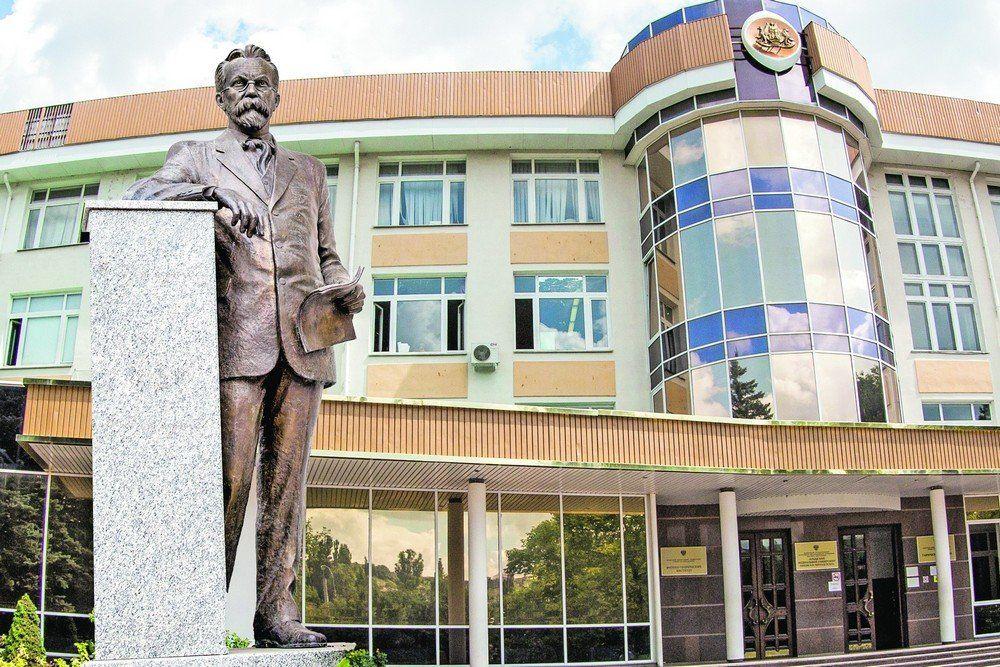 В Крымском федеральном университете отменили плату за общежития