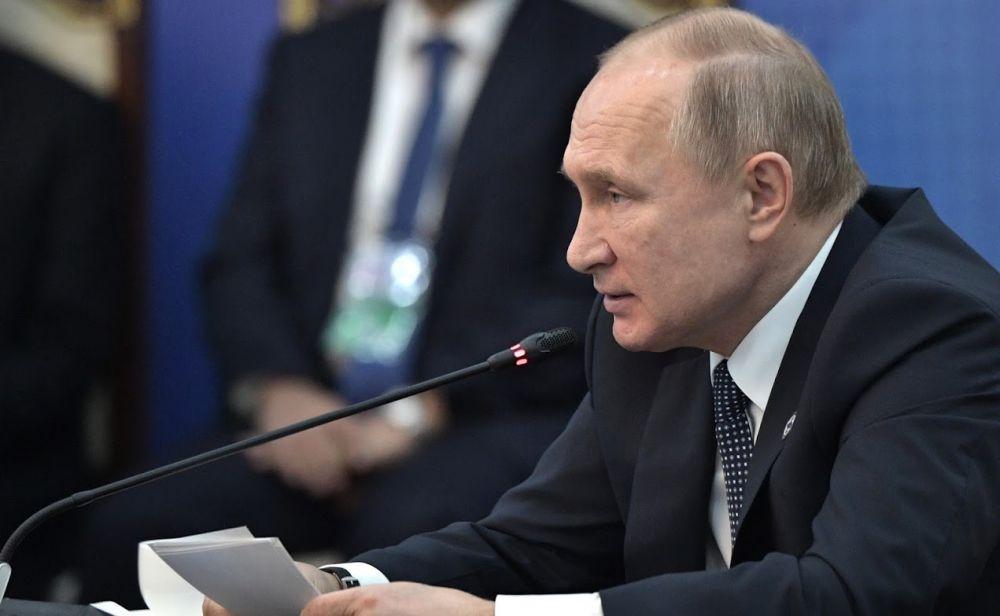Парад Победы перенесут из-за коронавируса — Путин
