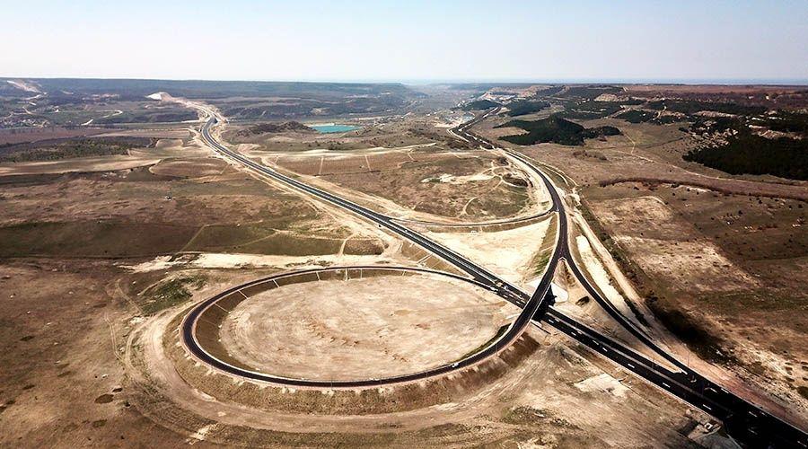 Дорожники открыли для движения развязку «Тавриды» на границе с Севастополем