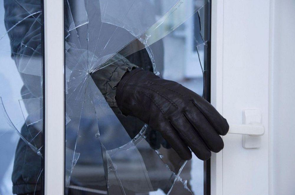 Полицейские по горячим следам раскрыли дерзкие кражи из магазинов Джанкоя