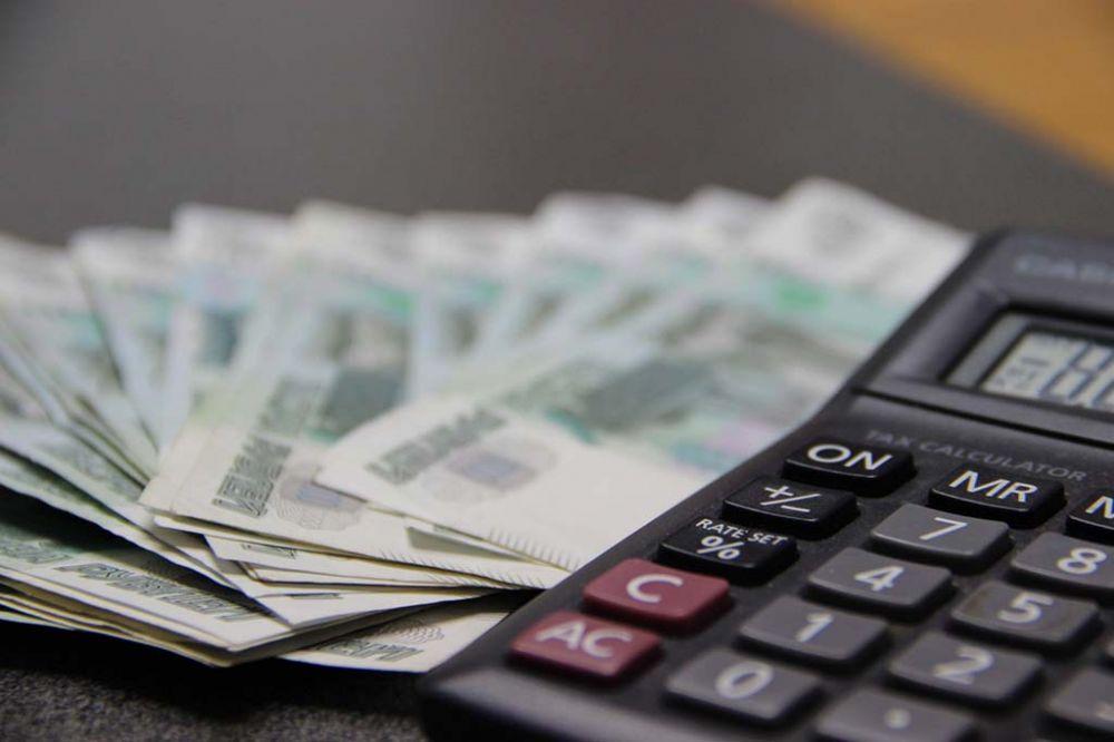 """Директор """"самоизолированной"""" фабрики в Крыму рассказала о зарплатах работников"""