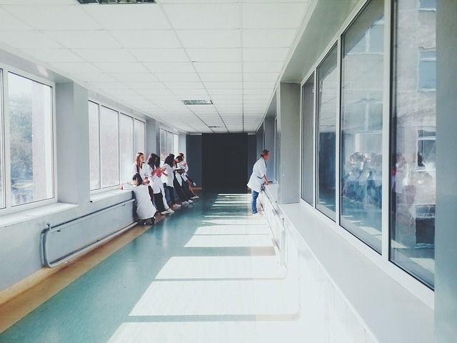 В Алуште коронавирусом заболели уже 15 медицинских работников