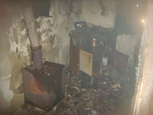 Под Алуштой ночью горел жилой дом