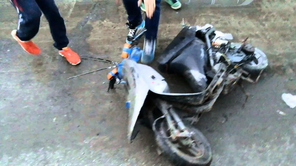 ДТП в Ялте: водитель мопеда не справился с управлением и врезался в опорную стену