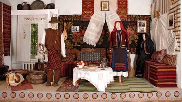 Крымский этнографический музей подготовил к просмотру виртуальную выставку «Наследие крымских болгар»
