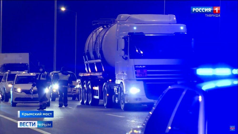 На Крымском мосту зафиксировали рост трафика