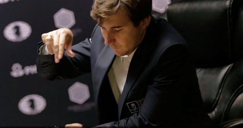 Крымский гроссмейстер вышел в четвертьфинал шахматного онлайн-турнира