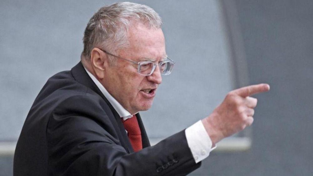 Жириновский предложил испытывать вакцины от COVID-19 на заключенных