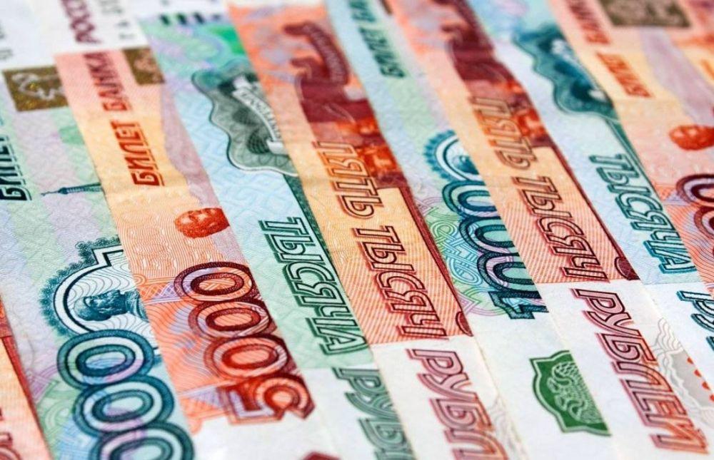 Медикам Севастополя выплатили 36 млн рублей за работу с коронавирусом