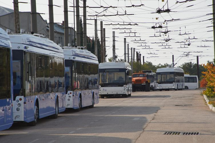 Сотрудникам «Севэлектроавтотранса» выплатили 12 миллионов рублей — долг по зарплате за апрель