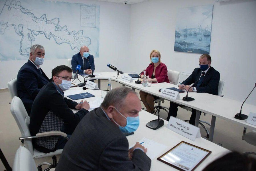 Михаил Развожаев обсудил перспективы восстановления экономики с представителями бизнеса