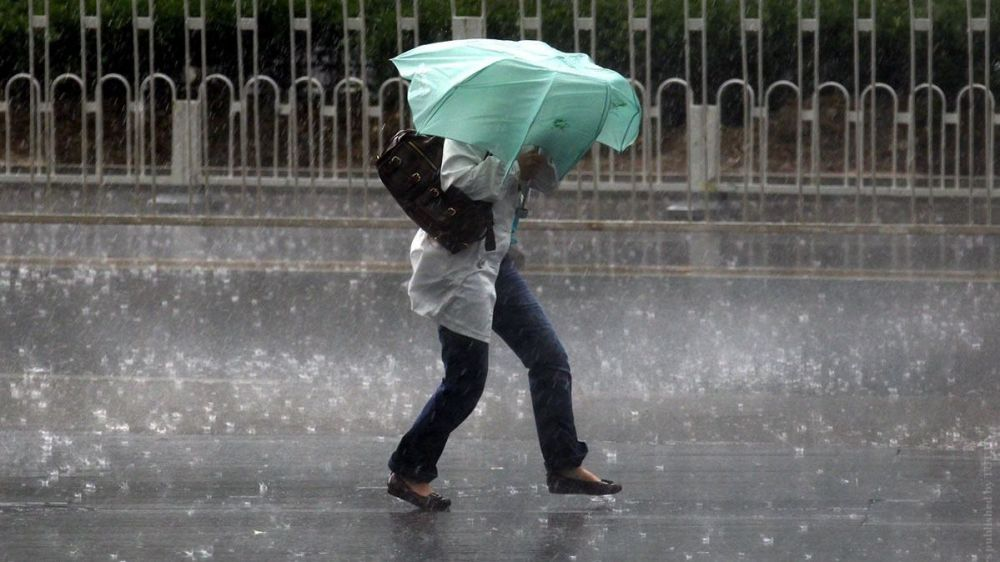 Синоптики предупредили о сильных дождях в Крыму