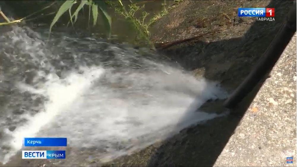 Более 120 тысяч керчан остались без воды