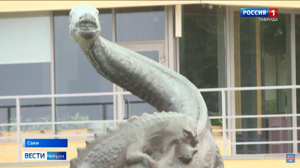 В Саках местные жители взволнованы судьбой символа города