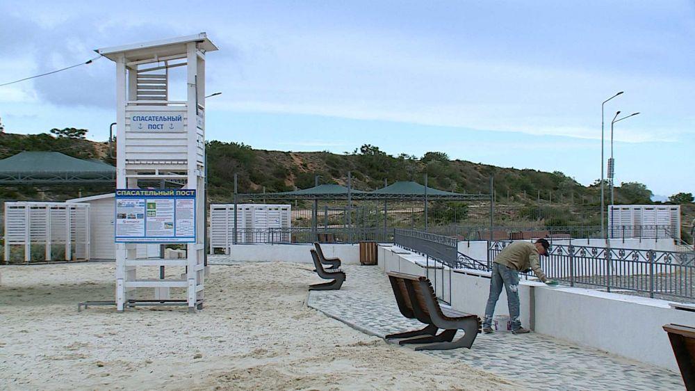 Пляжи в Севастополе готовятся к открытию 15 июня