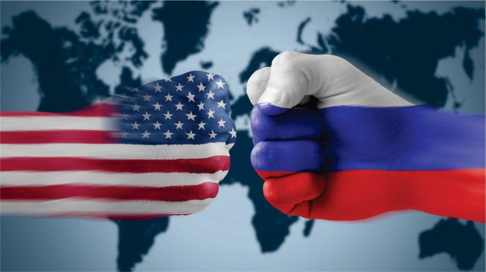 """США обвинили Россию в намерениях """"клонировать"""" французский вертолетоносец"""