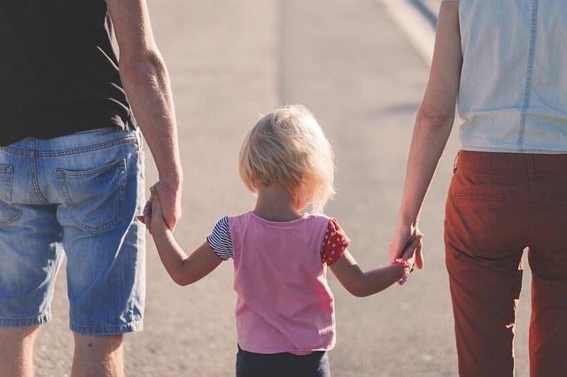 Детский омбудсмен посоветовала крымчанам в самоизоляции больше общаться с детьми