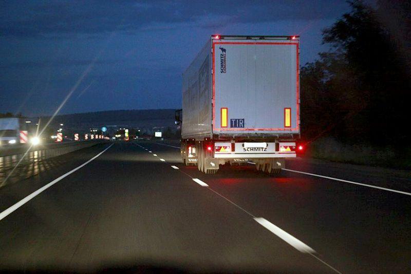 В Крыму с 1 июня вводятся ограничения проезда для большегрузов