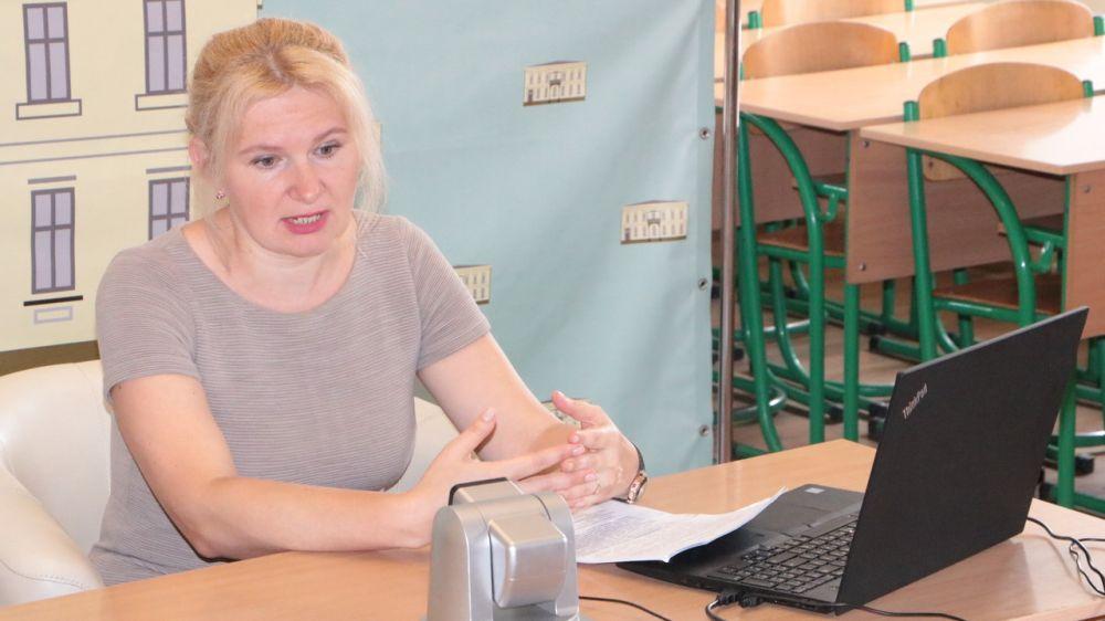 В рамках повышения финансовой грамотности крымчан Ольга Чернобай провела видео-урок на базе КРИППО