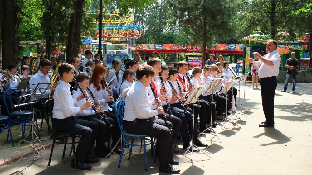 Дни духовых оркестров в Гагаринском парке Симферополя