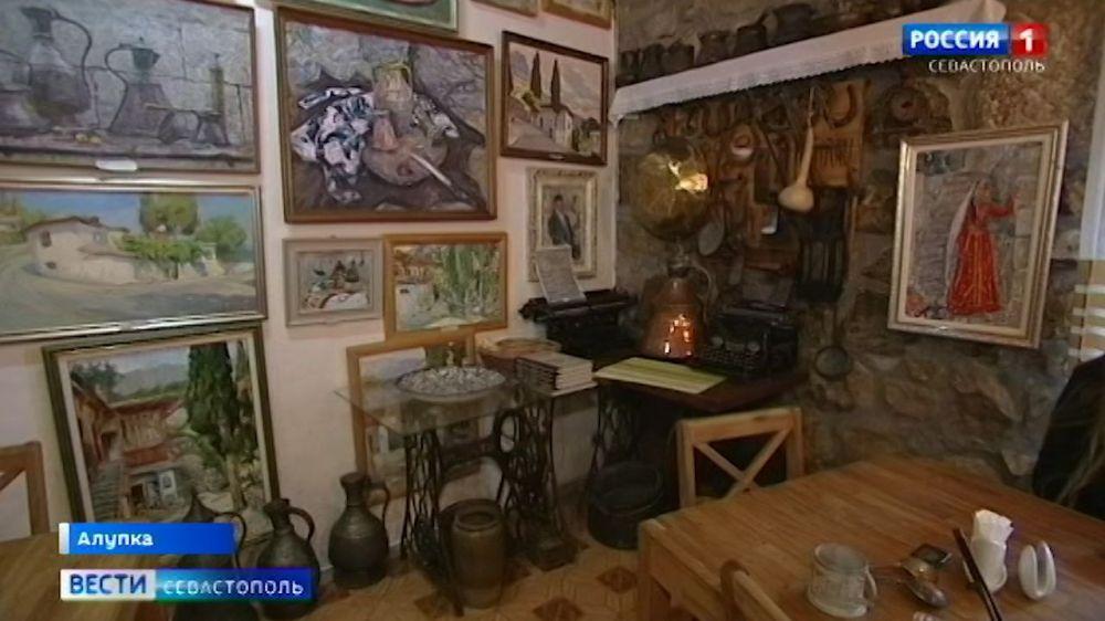 В чайной Алушты воссоздали быт крымско-татарского дома