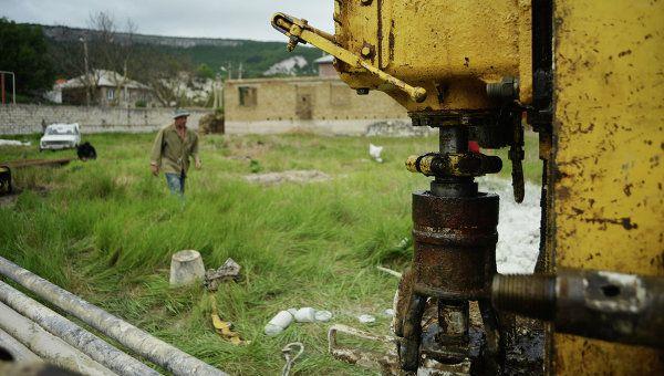 В Крыму продолжают бурить скважины для решения водной проблемы