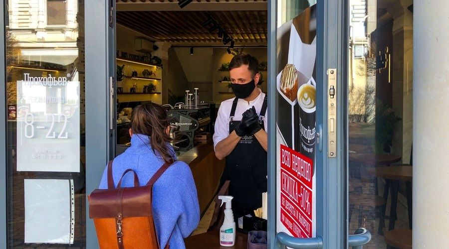 Оборот малого бизнеса в мае восстановился на треть