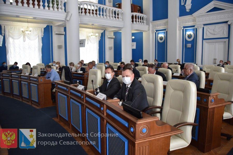 10 июня состоится внеочередное пленарное заседание Заксобрания Севастополя. Тема: выборы губернатора
