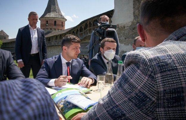 Зеленский заручился поддержкой Швеции, дабы «вернуть в повестку дня крымский вопрос»