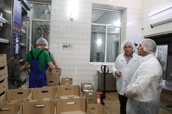 Владимир Константинов посетил агропредприятия Западного Крыма